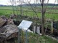 Rankbach, Provisorische Mess-Station, Sicher passt dieses Metallgestänge nicht in das Landschaftsbild. Es kommt auch wieder weg, wenn es seinen Zweck erfüllt hat. - panoramio.jpg