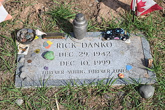 Rick Danko - Danko's grave at the Woodstock Cemetery, April 19, 2015 (the birth year is incorrect)