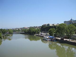 Baratashvili Bridge