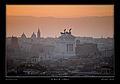 Roma con il suo Altare della Patria.jpg
