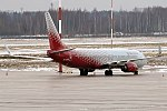 Rossiya, VP-BOB, Boeing 737-8LJ (39200361022).jpg