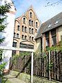 Rostock Hausbaumhaus hinten 2012-05-09.jpg