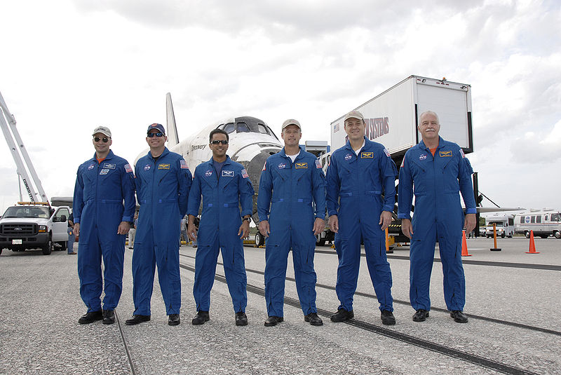 File:STS-119 crew after landing.jpg