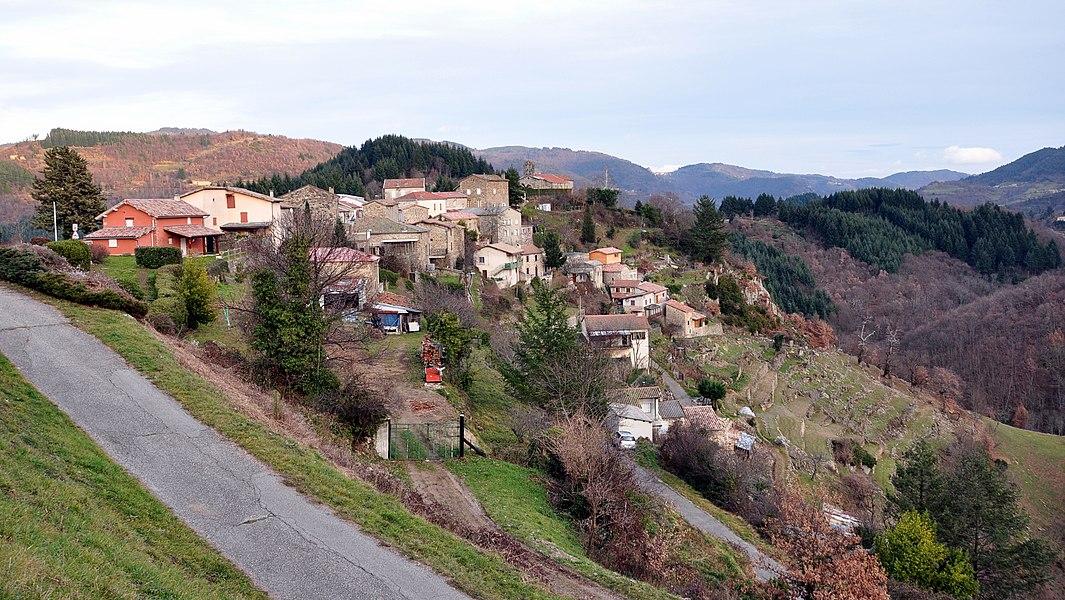 Saint-Barthélemy-le-Meil depuis le chemin de Luneyre.