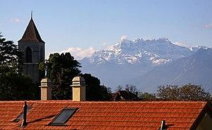 Saint-Légier-La Chiésaz - View over Saint-Légier-La Chiésaz toward the Alps