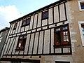 Saint-Loup-sur-Thouet maison ancienne.JPG