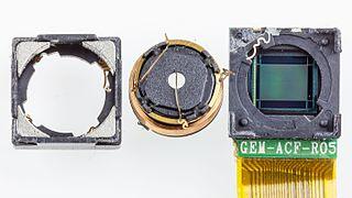 Samsung SGH-D880 - camera exploded-0920.jpg