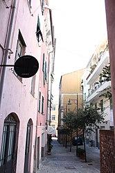 Savona alley 2010.jpg