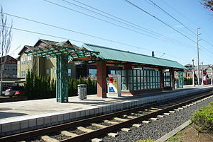 Orenco MAX Station - Image: Shelter at Orenco Station MAX stop Hillsboro, Oregon
