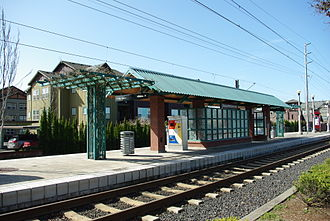 Orenco MAX Station - Image: Shelter at Orenco Station MAX stop Hillsboro, Oregon