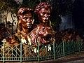 Siegfried & Roy Monument.jpg