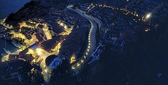 Sistiana - Image: Sistiana Bay by night