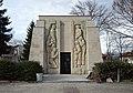 Skravena memorial ossuary 03.jpg