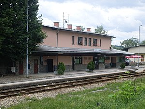 Smarje pri Jelsah-train station.jpg