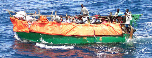 Flüchtlingsboot,Indischer Ozean,inselurlaub,afrika armut,flüchtlinge aus afrika,flüchtlinge weltweit,afrikanische dörfer,auffanglager,bedrückend,bessere welt