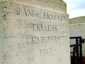Spanbroekmolen British Cemetery - Image: Spanbroekmolen British CWGC Cemetery 3039168242