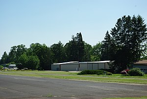 Sportsman Airpark Newberg.JPG