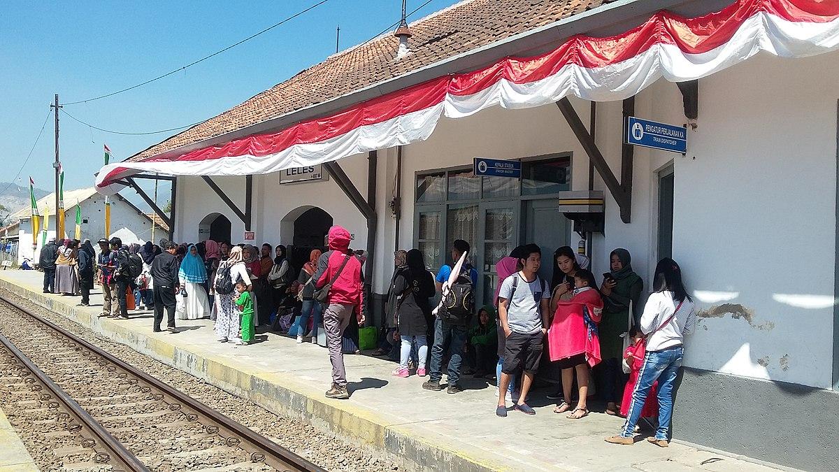 Stasiun Leles