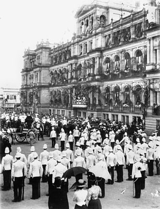 Treasury Building, Brisbane - Lord Lamington addressing the crowds on Federation Day, 1901
