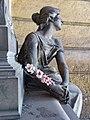 Statua presso il monumentale di Verona.jpg