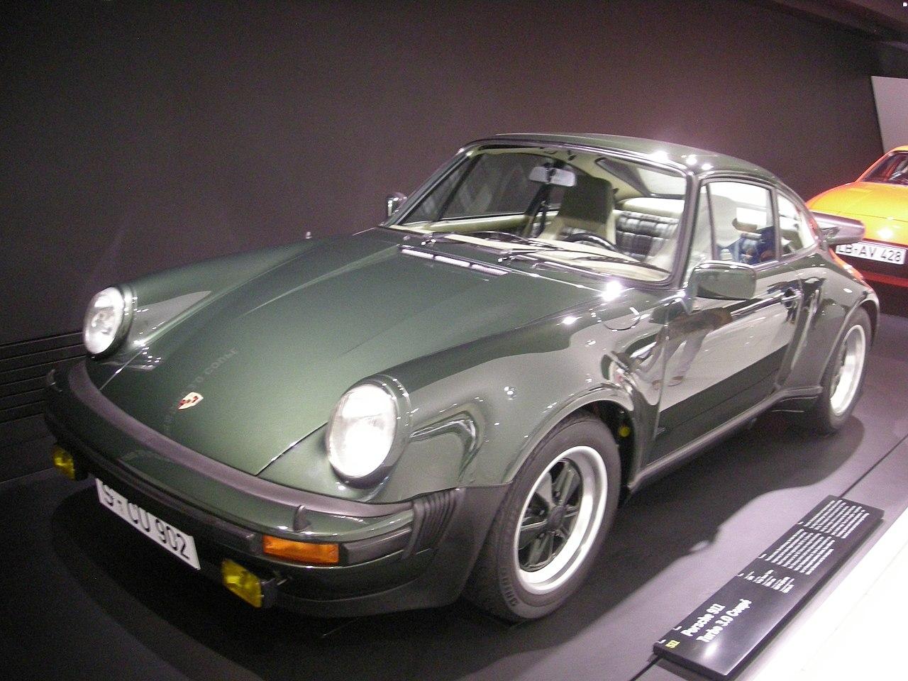 Fujimi Porsche 911 Turbo 85