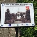 Tablica informacyjna przed pomnikiem Powstańców Wielkopolskich w Pogorzeli.jpg
