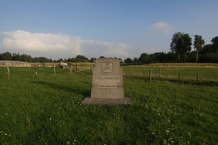 Tancrémont (Belgium): The fort - Memorial