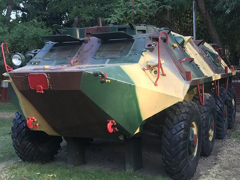 File:Tank BTR 60.jpg