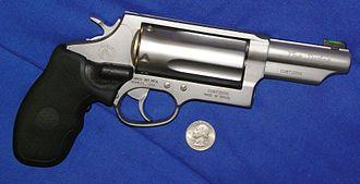 Taurus Judge - Taurus Judge 'Magnum' edition, shown to scale with a US Quarter.