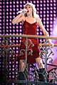 Taylor Swift (6966877803).jpg
