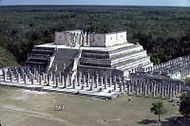 Temple of the Warriors, Chichen Itza1986.jpg