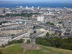 The Pilrig area from the Calton Hill, Edinburgh.jpg