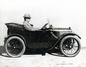 Herbert Austin, 1st Baron Austin - Austin driving an Austin 7
