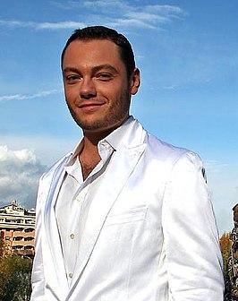 Тициано ферро гомосексуалист
