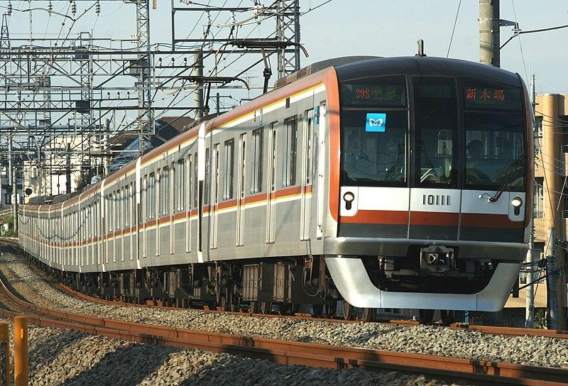 File:Tokyo-metro 10111.jpg