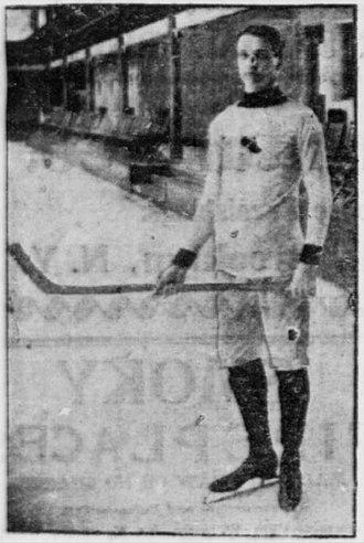 Tom Howard (ice hockey) - Howard with the New York Athletic Club.