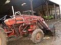 Tractor-Renault-551 02.JPG