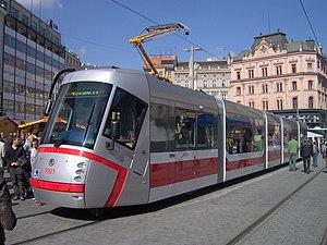 Škoda 13 T - Image: Tram 13T Brno(1)