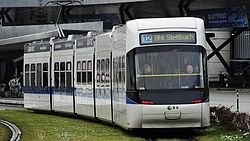 Cobra-Tram im Corporate Design der VBG