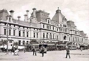 Roca Line - Constitución railway station (1912).