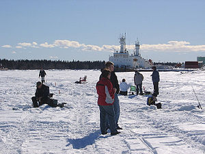Tugboats moored in Hay River -a.jpg