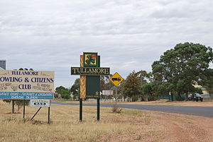 Tullamore, New South Wales - Entering Tullamore