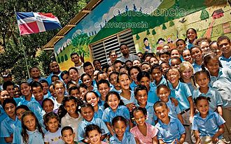 Youth in the Dominican Republic - A group of Dominican children at primary school.