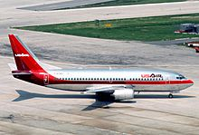 USAir Boeing 737-3B7; N363AU, June 1986 AOI (5288900496).jpg