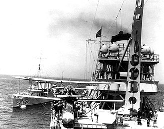 USS Sturtevant (DD-240) - Image: USS Sturtevant (DD 240) and USS Indianapolis (CA 35)