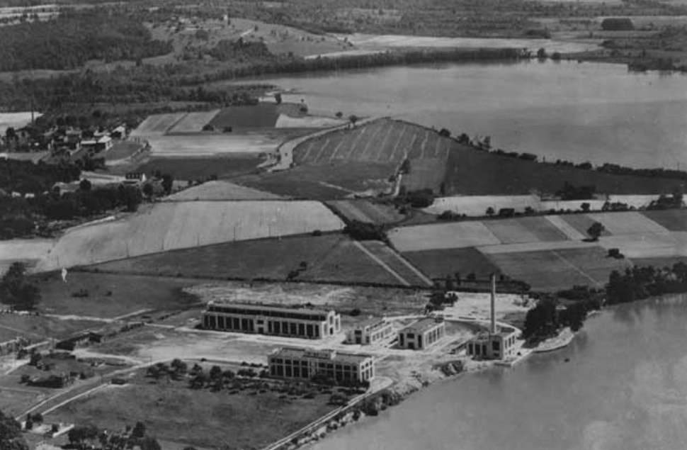 US Naval Research Laboratory in 1923