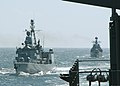 US Navy 030608-N-4374S-014 German Navy ship FGS Lubeck (F 214) and Russian Navy ship RFS Nastoychivyy.jpg