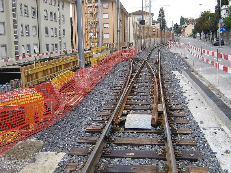 File:Union-Prilly aiguille côté Lausanne.jpg
