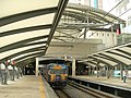 Universal-city Station platform.jpg