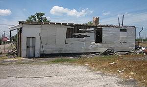 New Orleans after Hurricane Katrina: Damaged h...
